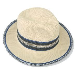 Steve Madden Paper Yarn cream with trim hat